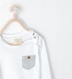 KIDS - LONG SLEEVED T-SHIRT WITH POCKET