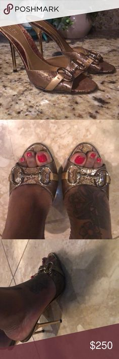 06a7c25aa06 Authentic Gucci Sandals looks good