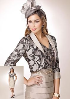 Zeila mother of the bride and groom outfit 3019193 Mother Of Bride Outfits, Mother Of The Bride, Dresses To Wear To A Wedding, Wedding Outfits, Smoking, Kimono, Groom Outfit, Blazer Fashion, Playing Dress Up