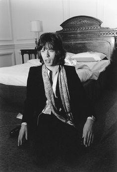 "Mick "" Linda come to me..iam waiting for you."