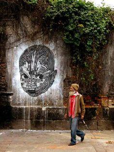 Stinkfish Fresh Stuff à Bogota, Colombie Best Street Art, 3d Street Art, Street Art Graffiti, Street Artists, Ephemeral Art, Graffiti Wall Art, Environmental Art, Outdoor Art, Public Art