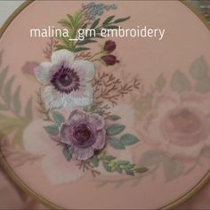 Garden Embroidery, Hand Embroidery Patterns Flowers, Basic Embroidery Stitches, Hand Embroidery Videos, Embroidery Stitches Tutorial, Embroidery Flowers Pattern, Creative Embroidery, Simple Embroidery, Hand Embroidery Designs