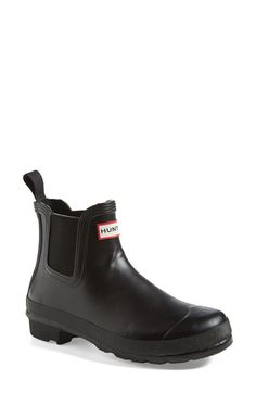 Hunter 'Original' Chelsea Rain Boot (Women) - Impervious to wind and rain, this Chelsea-cut version of the Original rubber boot also makes a style-savvy companion on drizzly days.