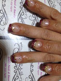 Lavinias nails