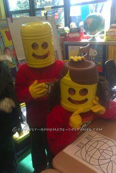 DIY Halloween costume - Easy and Inexpensive Lego Munchkins Costumes Lego Halloween, Halloween Costume Contest, Holidays Halloween, Halloween Crafts, Halloween Party, Halloween Decorations, Costume Ideas, Homemade Halloween, Halloween Ideas
