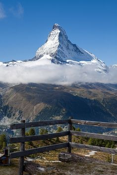 The Matterhorn Zermatt Switzerland. Relax with these backyard landscaping ideas and landscape design. Zermatt, Beautiful Places To Visit, Beautiful World, Glacier Express, Natur Wallpaper, Travel Around The World, Around The Worlds, Places To Travel, Places To Go