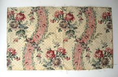 Beautiful Antique Early 20th C. French Floral Cotton Print Fabric (9440)