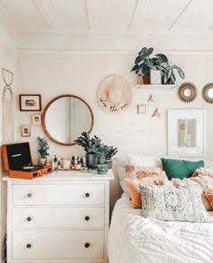 Room Makeover, Room Inspiration Bedroom, Redecorate Bedroom, Apartment Decor, Room Decor, Room Decor Bedroom, Dorm Room Decor, Dreamy Room, Girl Bedroom Decor