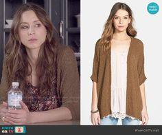 Spencer's tan cardigan on Pretty Little Liars. Outfit Details: http://wornontv.net/49938/ #PLL