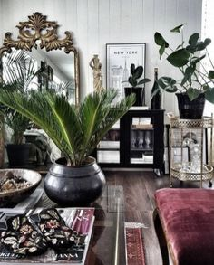 Best Bohemian Living Room Decor Ideas - Decoration For Home Bohemian Living, Bohemian Decor, Modern Bohemian, Bohemian Style, Interior Design Living Room, Living Room Designs, Living Room Decor, Interior Office, Dark Living Rooms