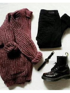 i n t e r e s t ♡ /// - Style - - p i n t e r e s t ♡ /// – Style – -p i n t e r e s t ♡ /// - Style - - p i n t e r e s t ♡ /// – Style – - Grunge Look Book (moonfloof) Grunge Winter Outfits, Fall Winter Outfits, Tumblr Fall Outfits, Grunge Style Winter, Grunge School Outfits, Black Jeans Outfit Winter, Black Outfit Grunge, Comfy Fall Outfits, College Outfits