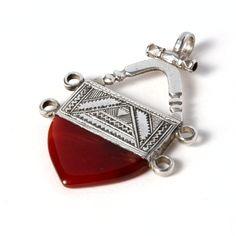 Pandantiv cruce tuaregă, argint și cornalină #metaphora #silverjewelry #tuaregjewelry #pendant #carnelian #ingall Cufflinks, Accessories, Jewellery, Fashion, Carnelian, Moda, Jewels, Fashion Styles, Schmuck
