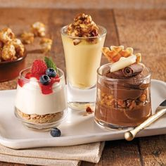 A mousse for dessert, it cajole the palate while lightness after … - Quick and Easy Recipes French Desserts, Italian Desserts, Mini Desserts, Easy Desserts, Dessert Recipes, Mousse Dessert, Tiramisu Dessert, Dessert Party, Dessert Cups