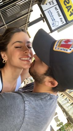 Cute Celebrity Couples, Cute Couples Goals, Couple Goals, Becky G Music, Silly Couple Pictures, Luxury Couple, Sebastian Yatra, Couple Photoshoot Poses, Fanfiction