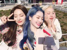 Bobrok for lyfe -twice All about Twice [Fakestagram,Fakechat dll] T… # Random # amreading # books # wattpad Nayeon, South Korean Girls, Korean Girl Groups, Jyp Fans, Cool Girl, My Girl, Twice Group, Chaeyoung Twice, Twice Dahyun