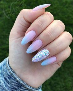 Almond Gel Nails, Cute Almond Nails, Almond Nail Art, Gradient Nail Design, Gradient Nails, Glitter Nails, Acrylic Nails, Get Nails, Halloween Nails