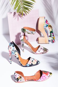 Jeffrey Campbell goes floral ❀✿❁