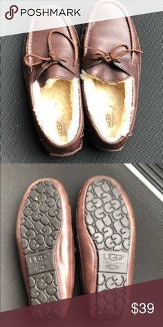 7f7aae1bedc Men s UGG slippers size 10 Very Gently used