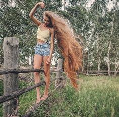 Long Red Hair, Very Long Hair, Big Hair, Silky Smooth Hair, Long Hair Video, Beautiful Long Hair, Hair Photo, Pretty Hairstyles, Hair Beauty