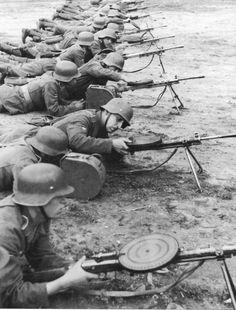 World War II in Pictures — adlerangriff:   Waffen SS Geogian Legion training...