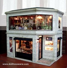 DollhouseAra » Designer handbag shop, Dollhouse Miniatures