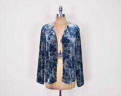 #Vintage #90s Green Rose #Floral #Velvet Shirt Floral Print Velvet Blouse 90s Velvet Top Velvet #Jacket #Slouchy #Oversize 90s #Grunge Jacket S M L #Oversized #Etsy #EtsyVintage #TrashyVintage @Etsy $38.00