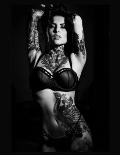 Black and white supermodel photograph