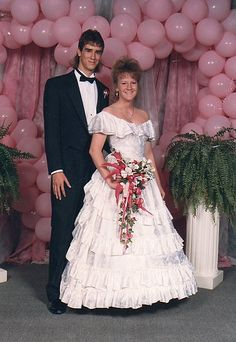 80's Prom by stitchnqt, via Flickr......lots and lots of ballons
