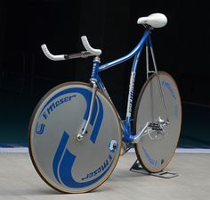 F moser hour bike