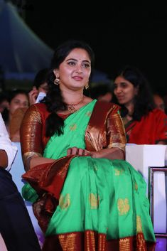 Anushka Shetty At Bahubali 2 Tamil Audio Launch Stills Anushka Images, Anushka Photos, Beautiful Saree, Beautiful Indian Actress, Anushka Shetty Saree, Half Saree Function, Actress Anushka, Bollywood Actress, Tamil Actress