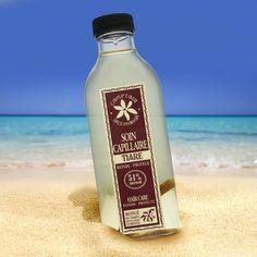 Grâce aux propriétés nourrissantes et hydratantes de l'huile de Macadamia et du Monoï de Tahiti, cette huile est parfaitement adaptée au soin des cheveux secs et abimés.