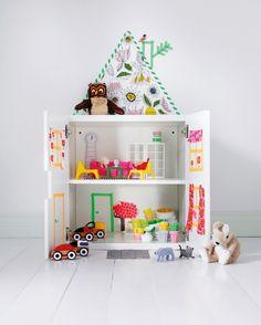 Ikea Schrank zu einem Puppenhaus umfunktionieren