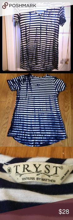 """NWOT, Hi-Low, V-Neck, T-Shirt, by Tryst Made in the USA, This Awesome, Tye-Dyed (Navy Blues & White), V-Neck, Short-Sleeve Top by TRYST is NWOT, (I'v only tried it on & never had the chance to actually wear it) So being that its sucha Flattering, Versatile, Fun, Quality, Shirt-I feel its only right 4Someone 2be Flaunting it! Tag says Size Med. Will fit a Sm &/or a Large also, bc of the Loose fit & stretchy material. Easily Dressed up or Down, Shirt is a """"hi-low"""" Style (photo#:6) its ab 3-4""""…"""