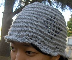 knitted cloche pattern, I would like to try making something like this