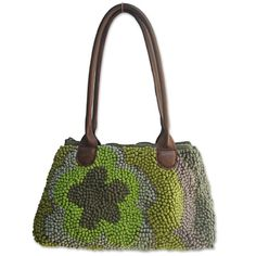 Mielie creates beautiful bags using textile factory off-cuts, while creating meaningful employment opportunities for women. Women can work from home, balancing the needs family and community with their livelihoods.