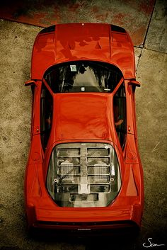 1987/89' Ferrari F40. Absolutely love the louvered rear window