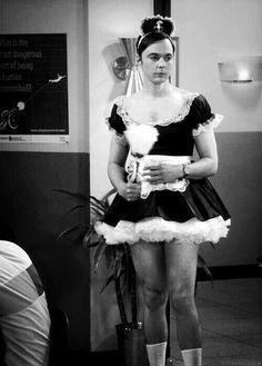 Big bang theory - Sheldon as french maid.
