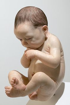 An incredible Sam Jinks sculpture, untitled, 2007 (it is so difficult to believe that this isn't a photo or a painting!)