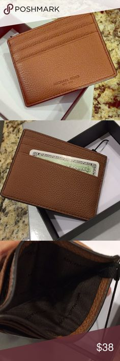 New Michael Kors Russel Leather Card Case/New Elegant soft leather card case from MK with 6 slots for credit cards and ID and a lined center pocket....comes with the original box and ready for wrapping KORS Michael Kors Accessories