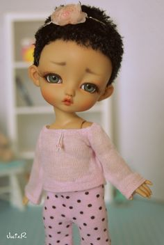 I made my first wig. It was intended for another doll, but I decided to try on a wig Soda. My First Wig, Realistic Baby Dolls, Doll Makeup, Clay Baby, Polymer Clay Dolls, Little Doll, Bjd Dolls, Try On, Cute Dolls