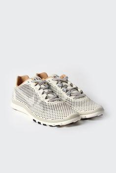 Free Advantage Sneaker / NIKE