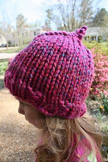 Looking for a super easy, super quick pattern for a super bulky yarn? The azalea hat fits heads up to 18 inches and knits up in one day or less (maybe even one hour for knitters who can knit uninterrupted by little ones!).
