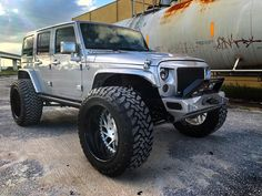 "Reposting @jksilverback: ... ""Them angles tho... ➖ #jeepnation #jeep #jeeps #jeepporn #jeeplife #offroadpunishers #jeepers #jeepwranglers #4x4  #jksilverback"""