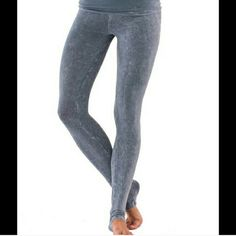 """Gray Acid Wash Skinny Yoga Pant Electric Yoga. Gray Acid Wash Skinny Yoga Pant.  Can be worn as a tapper pant.  Color like in the pics. Brand new in original package. 100% Cotton.  So soft & stretchy material Made in Indonesia Quantity: 1  MEDIUM Flat Measurements Across: Length:  38"""" Inseam: 27.5"""" Waist:  13""""  LARGE Flat Measurements Across: Length:  35"""" Inseam: 24"""" Waist:  13.5"""" Electric Yoga Pants Skinny"""