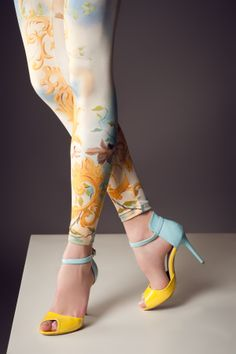 Sezon ürünlerimiz ile daha kaliteli ve daha uygun fiyata bu ayakkabılara sahip olmak için bizi takip edin..  Derin'in Butiği @denerihazirgiyim.com @instagram/derininbutiğ