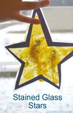 Stained Glass Star Suncatcher – Creative Family Fun Make a Stained Glass Star Suncatcher or many of them to decorate your windows when you make this fun Christmas craft for kids. Preschool Christmas, Christmas Activities, Christmas Crafts For Kids, Holiday Crafts, Christmas Stars, Stained Glass Christmas, Stained Glass Crafts, Toddler Crafts, Preschool Crafts