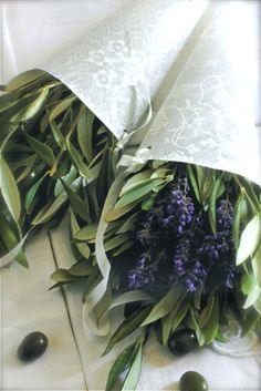 (via easy eco-friendly french wedding decoration. Olive Branch Wedding, Olive Wedding, Tuscan Wedding, French Wedding, Greek Wedding, Lavender Blue, Lavander, Lavender Bouquet, French Lavender