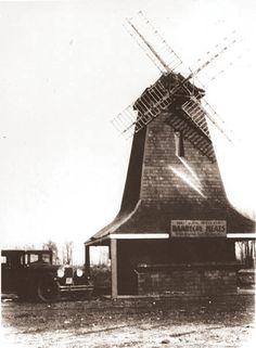 ST. CLAIR SHORES — Dutch Mill Barbecue