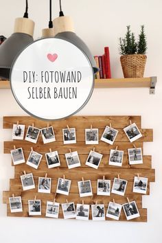 DIY: Fotowand bauen mit Retrofotos DIY Photo Wall - Ideas: Polaroids can be hung in style on a wooden photo wall. You can build them for example as pallets upcycling idea or from hardware store wood. Retro Home Decor, Diy Home Decor, Home Decoration, Room Decorations, Farmhouse Furniture, Farmhouse Decor, Hanging Polaroids, Polaroid Foto, Diy Foto