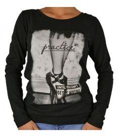 Graphic Sweatshirt, Sweatshirts, Sweaters, Fashion, Moda, Hoodies, Fashion Styles, Sweater, Trainers